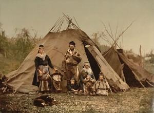 640px-Saami_Family_1900