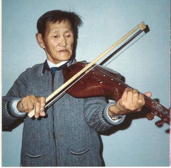 驯鹿森林音乐Yakutia{音乐8#}西伯利亚萨哈人的史诗与即兴-雅库特族的图片 第13张